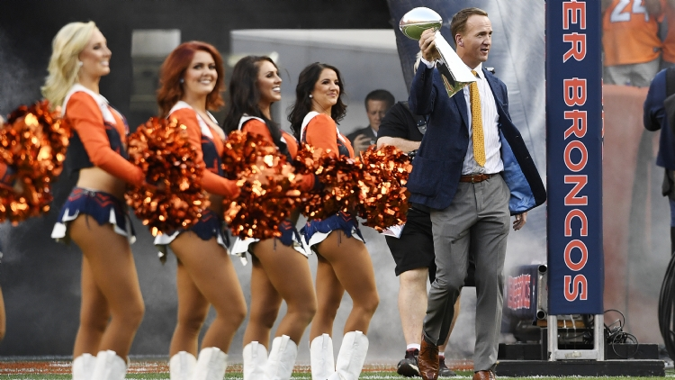 Peyton Manning is coming to chat a good game this weekend