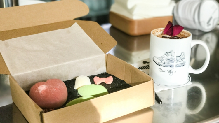 This Puma pop-up at Blackbird is serving cakes in shoe boxes