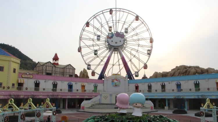 Shanghai is getting a Hello Kitty indoor theme park next year