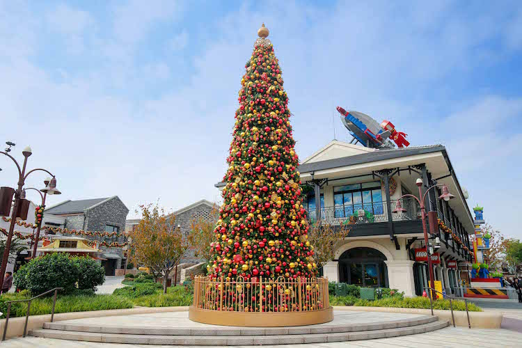 7 awesome christmas trees to check out in shanghai - Awesome Christmas Trees