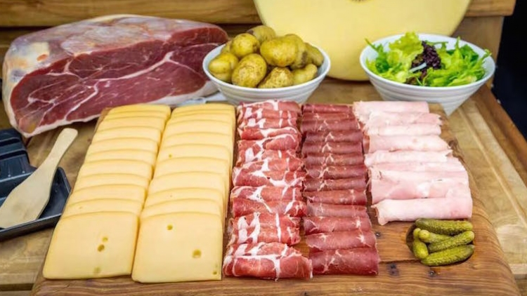 Free-flow raclette for 240RMB, Le Saleya