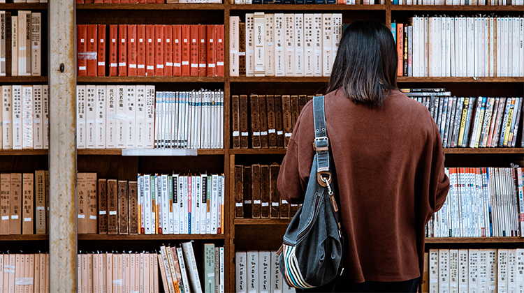 It looks like foreign students in China will be (legally) allowed to work part-time
