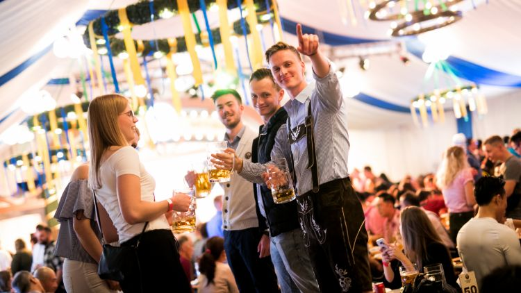 Closed: Win a table for 8 at the Franziskaner Oktoberfest next weekend