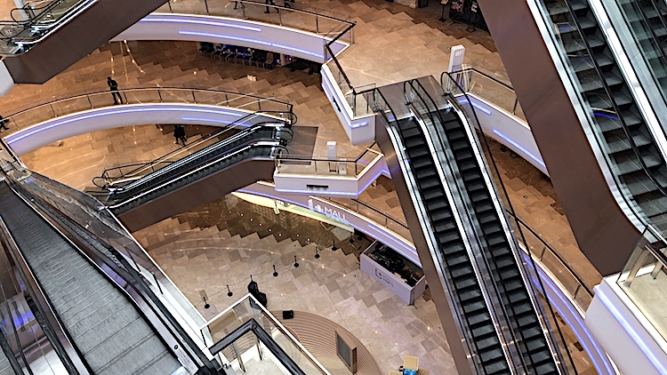 Huge Lujiazui mall L+ is slowly opening, here's a look at what's inside