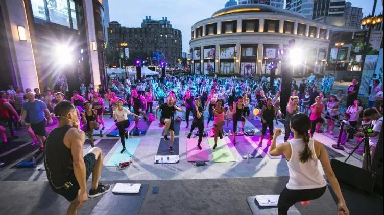 Lululemon community classes