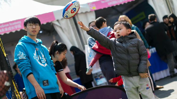 In photos: here's what happened at this year's International and Bilingual School Fair