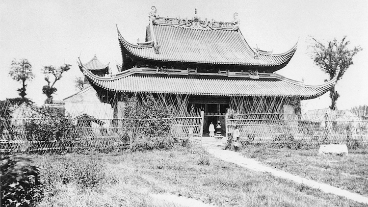 The old Jingan Temple