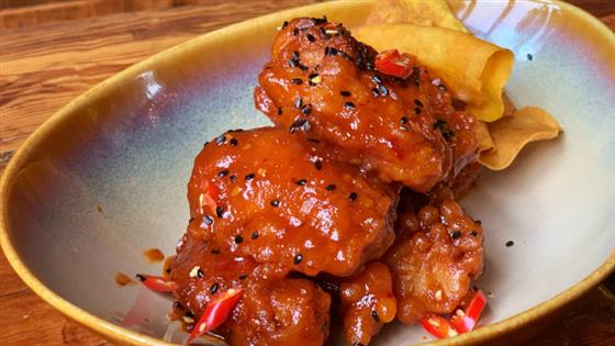 Into the Light: A Beer & Spicy Chicken Wing Pairing