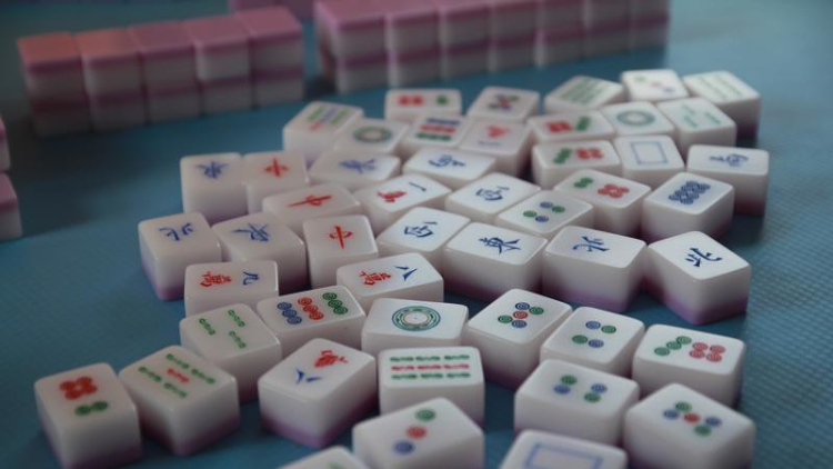 Learn how to win a game of mahjong at this monthly game night