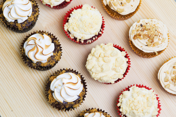 Where to buy cakes for birthdays and special occasions in Shanghai