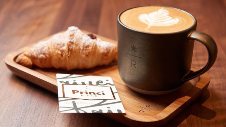 A new Starbucks concept just opened... and it does cocktails and brunch