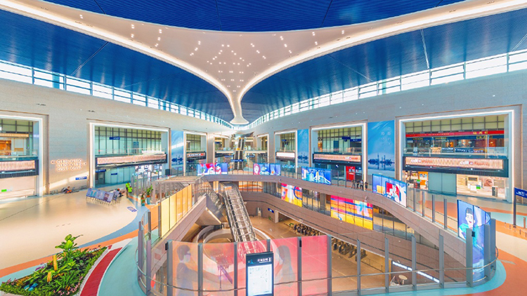 Pudong Airport now has the world's largest satellite terminal