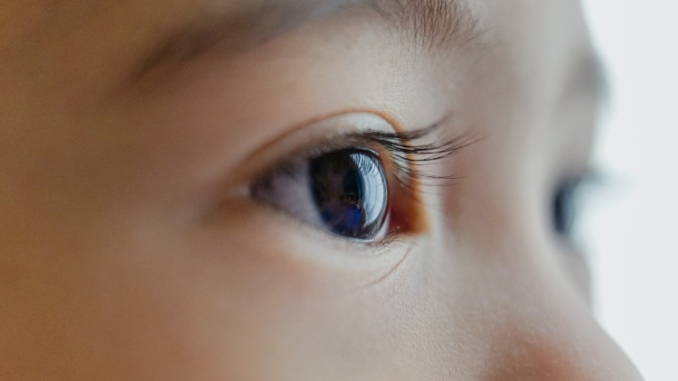 Shanghai ophthalmologists share their tips on how to protect kids from myopia
