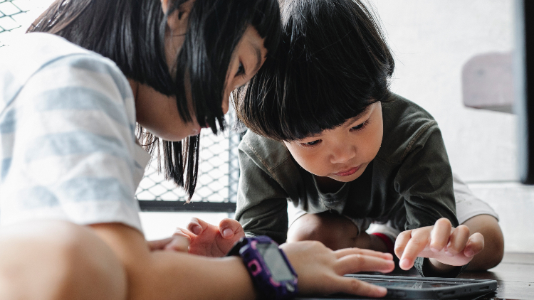 6 fun and educational apps for kids when you're on the go